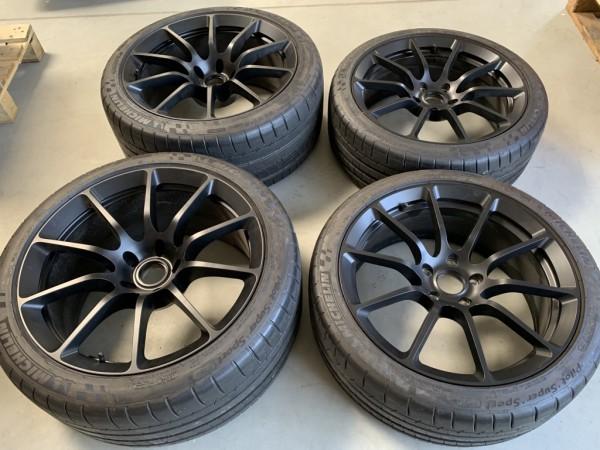 Forged-Radsatz 10-Spoke für Lotus 3-Eleven mit Reifen Michelin